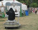 Larmer Tree 15 singing nun